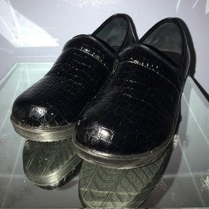Shoes - Comfort Trendz nursing shoes